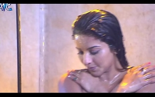 monalisa bathing leak
