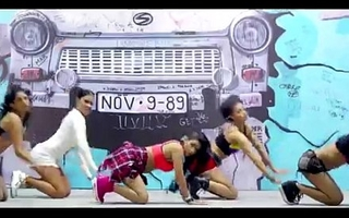 hot desi dance and romace emotiong flick songs