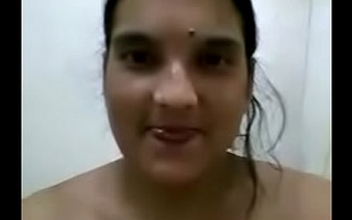 bengali horny tall figure bhabhi mms laving for lover