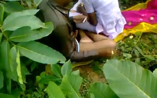 Indian school girl fucking crammer in open-air sex